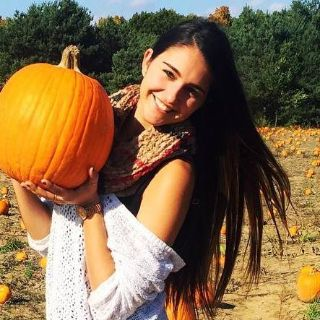 Madi S is looking for a New Roommate in Dallas with a budget of $1400.00