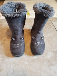 Cat and Jack cat boots SIZE 13