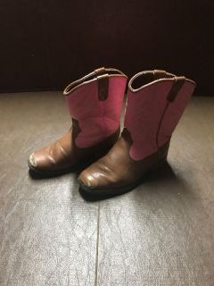 Cowgirl boots size 10