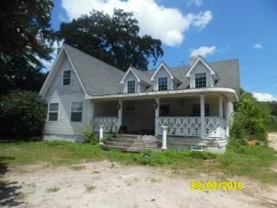 5 Bed 2 Bath Foreclosure Property in Marianna, FL 32446 - Lafayette St