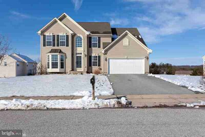 150 Leah Ln Spring Grove Four BR, Lakeview traditional home with