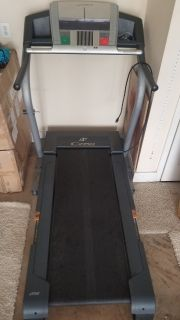 NordicTrack C2150 Treadmill (Needs new deck)
