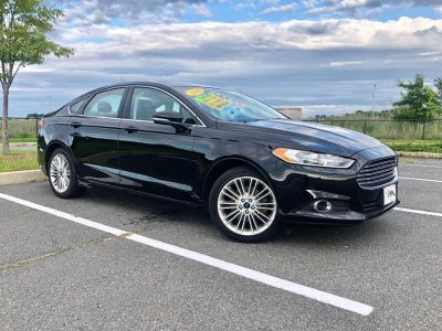 2016 Ford Fusion 4dr Sdn SE AWD (Black)