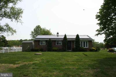 3083 Frazer Rd NEWARK Three BR, Solid, well maintained Brick
