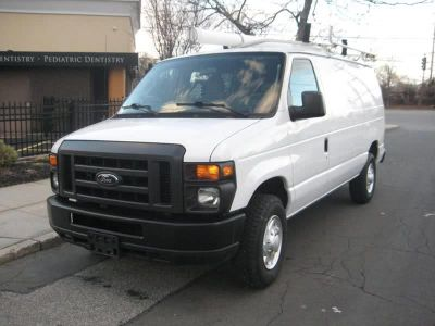 2011 Ford E-350 E-350 SD (White)
