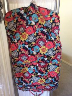 ***VERA BRADLEY Garment Travel Bag***