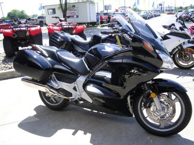 2010 Honda ST1300 Supersport Touring Motorcycles Saint Joseph, MO