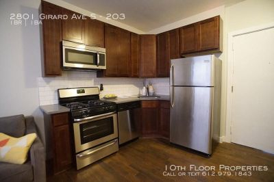 2801 Girard Ave S - 203 - 1 bed, 1 full bath