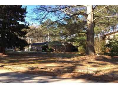 3 Bed 2.0 Bath Preforeclosure Property in Decatur, GA 30034 - Georgian Woods Cir