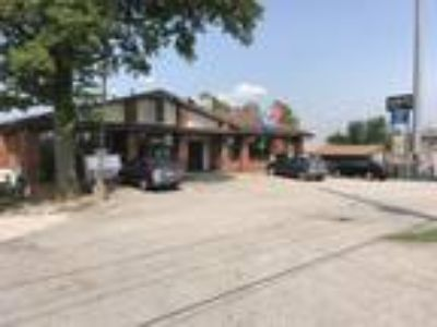 South County Telegraph Rd Office Suites For Lease from small starter/single