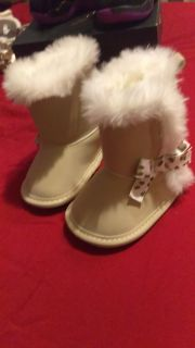 Boots size 0-3mo