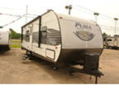 2017 Palomino Puma XLE Travel Trailers 25FBC