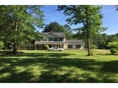 5 Bed 3 Bath Preforeclosure Property in Mendenhall, MS 39114 - County Line Rd