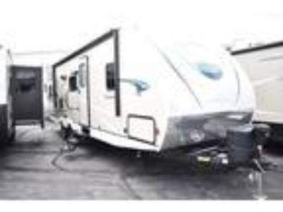 2019 Coachmen Freedom Express Ultra-lite
