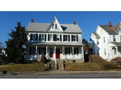 3 Bed 1 Bath Preforeclosure Property in Hazleton, PA 18202 - N Broad St