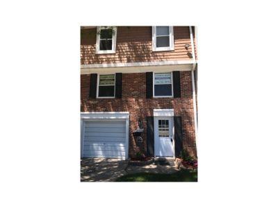 37699 Charter Oaks Blvd Rochester MI For Sale