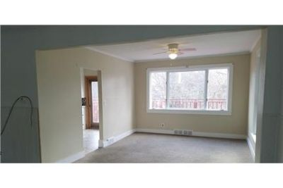 4 bedrooms Apartment - Tenant to Pay all Utilities, Heating Fuel, Electric.