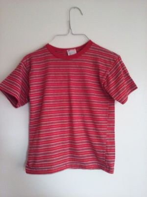 Red and gray stripes by Garanimal. Sz 7