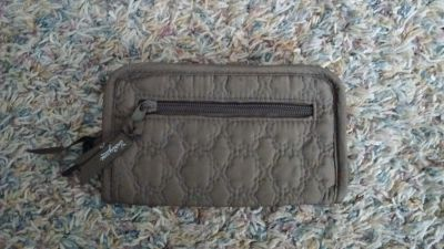 Nw/oT - Thirty-one Quilted Zippered Wallet