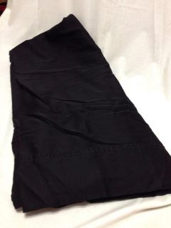 Flat Sheet. Queen. Black. Very Good Condition. Pick up at Target in McCalla on Thursdays 5:15 to 6:00pm.