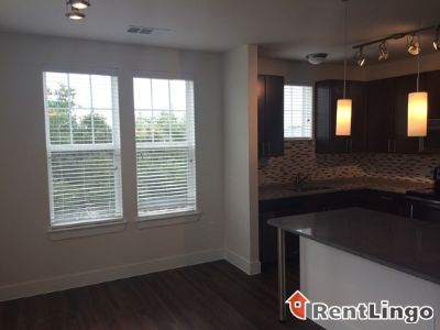 $1,575, 1br, Must see 1 bd/1.0 ba Apartment available 12/19/2017
