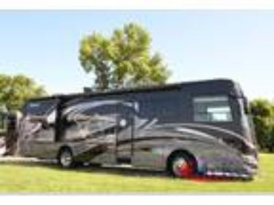 2019 Forest River Legacy SR 340 340BH