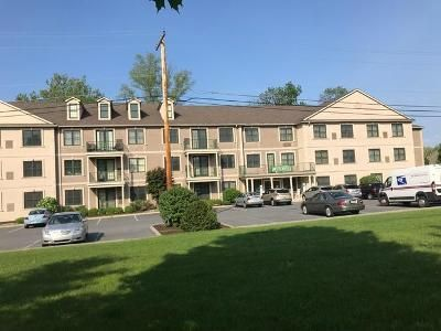 2 Bed 1.5 Bath Foreclosure Property in Northampton, PA 18067 - Hokendauque Ave 201