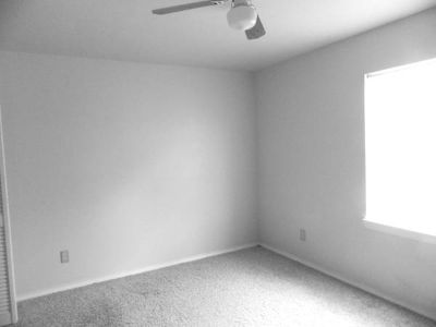 - $500 rent 2 rooms  (Midland)