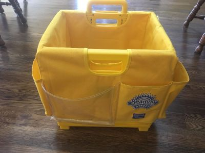 Rolling storage tote