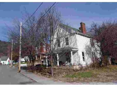 3 Bed 1 Bath Foreclosure Property in Frankfort, KY 40601 - Wright St