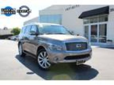 "2014 INFINITI QX80 w/ Theater & 22"" Wheel Pkg"