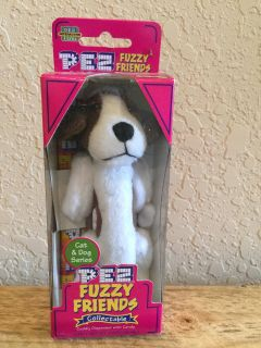 Brand New - 2002 Pez Fuzzy Friends - Barney the Beagle - Dog Cuddy Dispenser With Backpack Clip