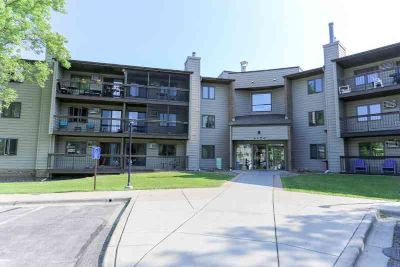 4350 Trenton Lane N #121 PLYMOUTH, Great 1 BR