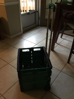 FOLDABLE ROLLING CRATE