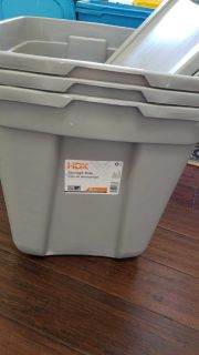 20 Gallon tote with lid