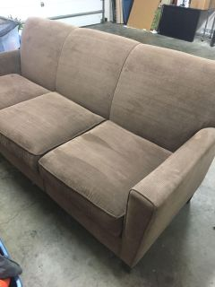 Like new microfiber sofa. Bought a few years ago at Cramer s furniture. Barely used! Pick up only Ellensburg.