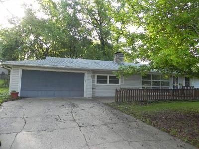 3 Bed 1 Bath Foreclosure Property in Shawnee, KS 66216 - Long Ave