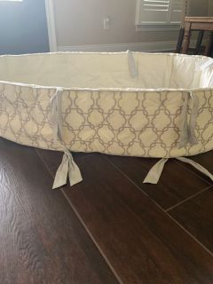 Kids Pottery Barn Bumper for baby bed