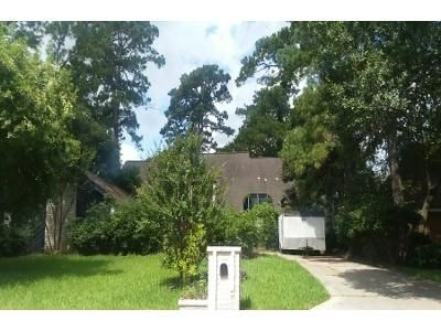 4 Bed 3.5 Bath Preforeclosure Property in Humble, TX 77346 - Spoonwood Dr