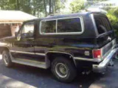 Chevy Blazer K classic --BLACK