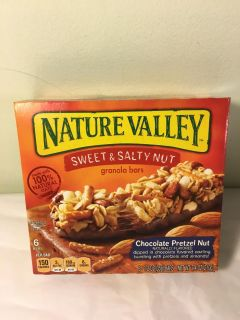 Nature Valley Sweet and salty Chocolate pretzel granola bars