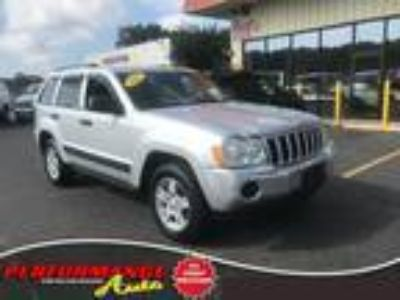 $6491.00 2005 Jeep Grand Cherokee with 147953 miles!