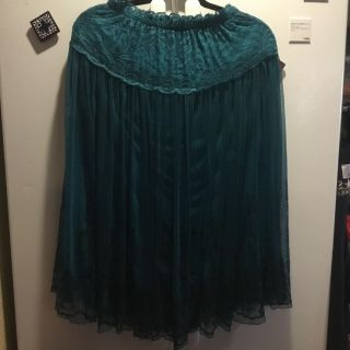 EUC, beautiful teal and black lacy shirt. Very flattering. Above Landa Park.