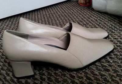 New Shoes For Women's Size 8 1/2 M