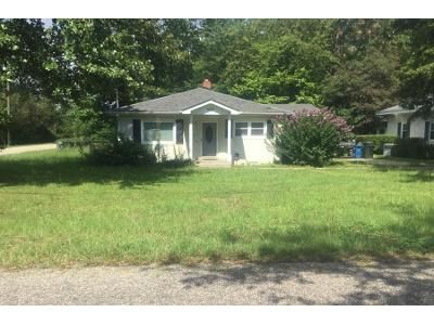 3 Bed 1 Bath Preforeclosure Property in Fayetteville, NC 28304 - Faison Ave
