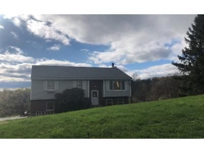 3 Bed 1.5 Bath Preforeclosure Property in Troy, NY 12180 - Lakeridge Dr