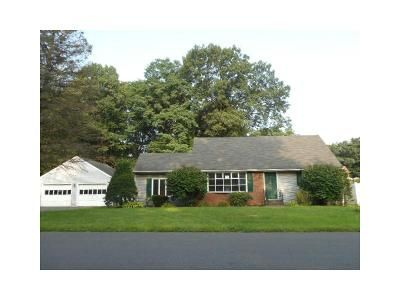 4 Bed 2 Bath Foreclosure Property in Latham, NY 12110 - Emerson Dr