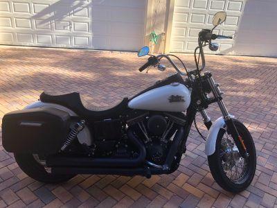 2016 Harley-Davidson STREET BOB DYNA