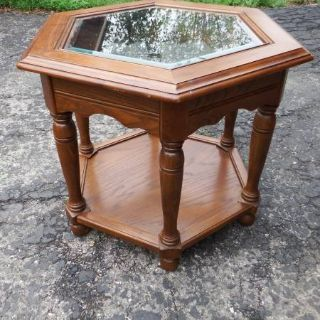 HEXAGON END TABLE WITH GLASS TOP & SHELF