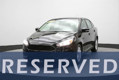 2015 Ford Focus SE (Black)